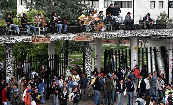 Si el martes en la U. Nacional no regresan a clases cancelan el semestre
