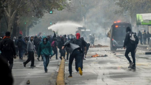 marcha_protestas_disturbios_chile.jpg
