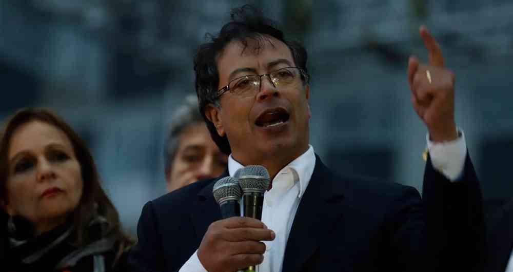 """Exterrorista Petro quiere """"envenenar"""" a los colombianos"""