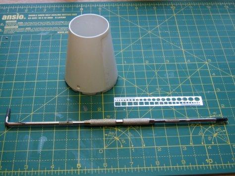 Revell 1/96 Saturn V SLA umbilical port