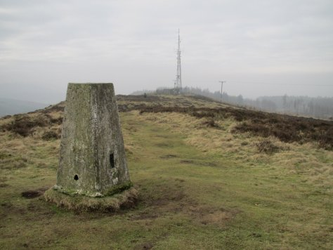 Trig point and transmission mast, Lundie Craigs