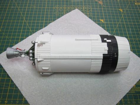 Revell 1/96 Saturn V, S-IVB stage with IU & SLA (2)