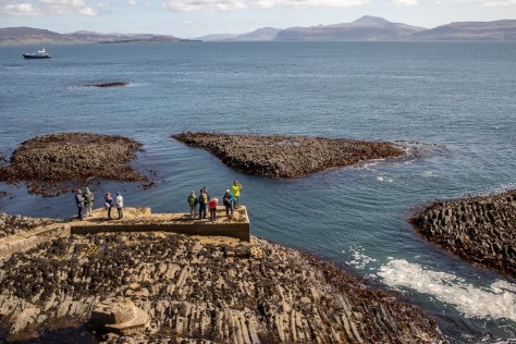 Staffa jetty