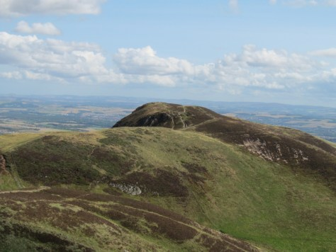Caerketton Hill from Allermuir Hill