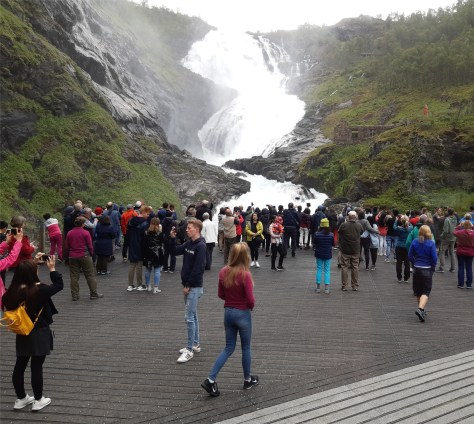 Kjosfossen viewing platform