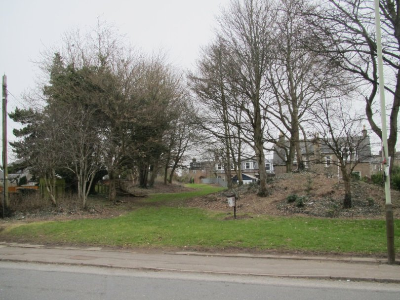 Route of Dundee-Newtyle railway, Camperdown Road, Dundee
