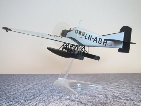 Revell 1/72 Junkers F13 LN-ABH completed 6