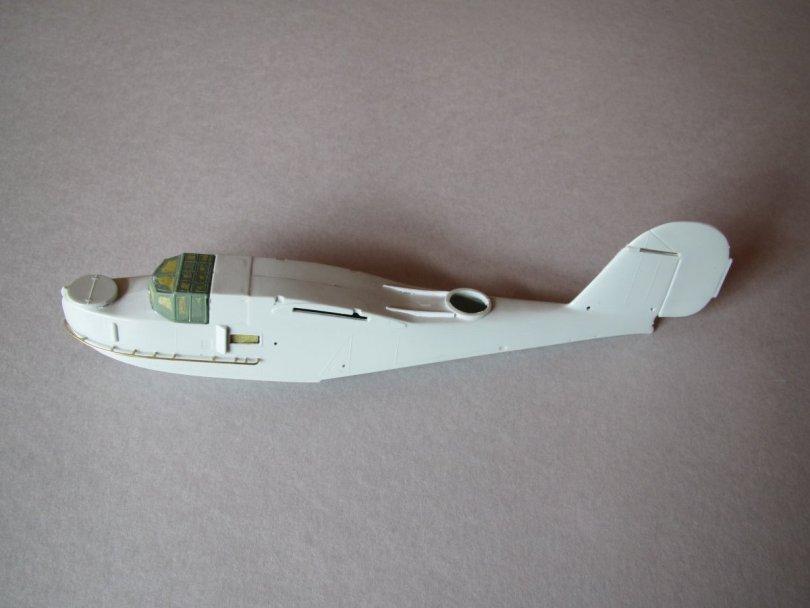 Revell 1/72 Supermarine Walrus fuselage port