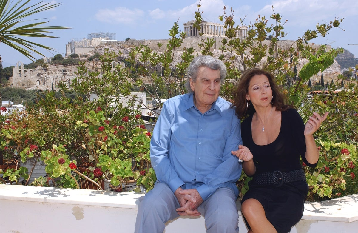Vicky Leandros pays tribute to Mikis Theodorakis, who died today aged 96 - oikotimes