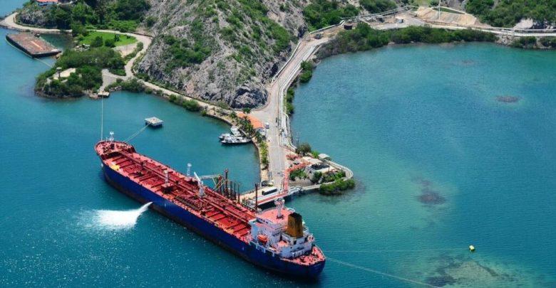 Exportaciones petroleras de Venezuela caen 17% en julio 1