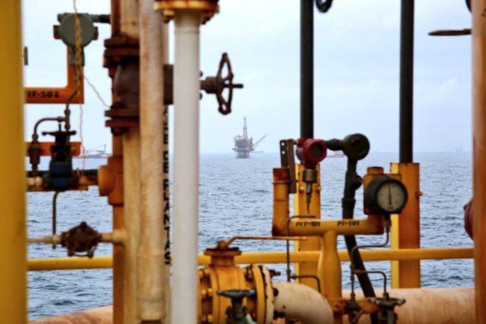 AMLO podría alejar a las grande petroleras: NYT