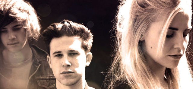 London Grammar - Spreading the vibe all over Europe.
