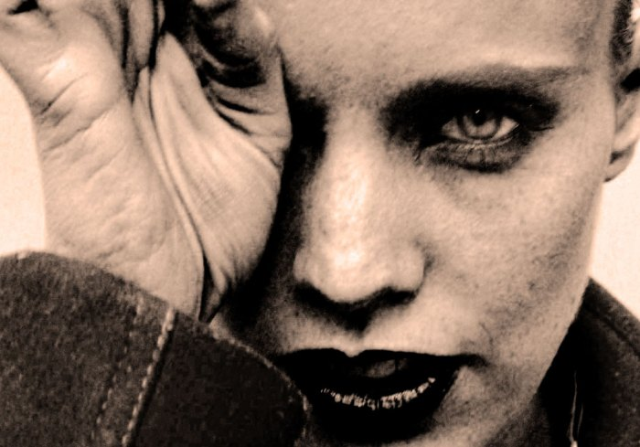 Anna Calvi - fairly dominates the stage with no effort.