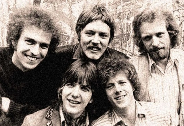 Flying Burrito Brothers (early 1970) - Seminal band of the Early Country-Rock genre. Gram Parsons (front row -left) would leave before tonight's concert.