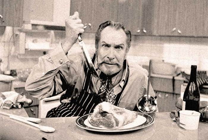 Vincent Price -  Crown Prince of Horror also had a giggle streak.