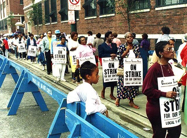 Chicago Teachers picketing 1987