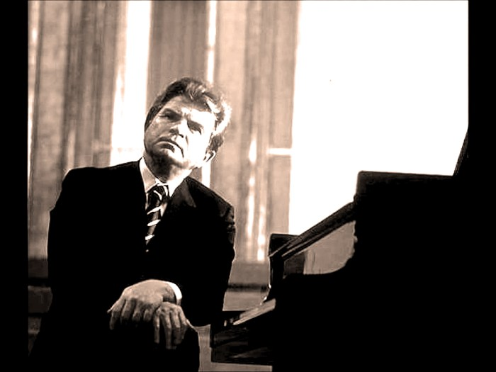 Emil Gilels - in concert from Philadelphia 1969