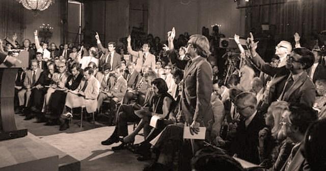 Washington Press Corps - 1975