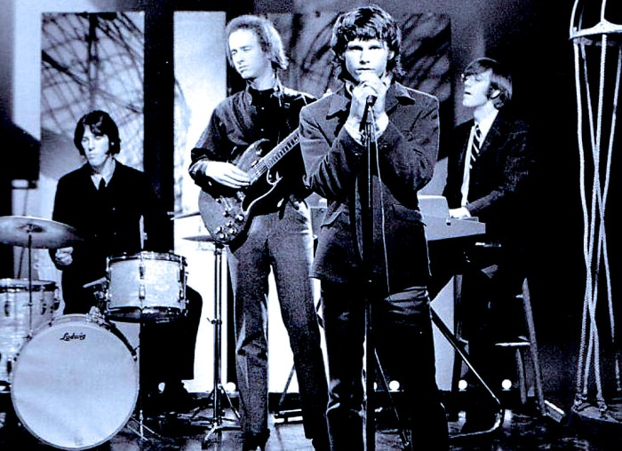 The Doors at Danbury High - 1967
