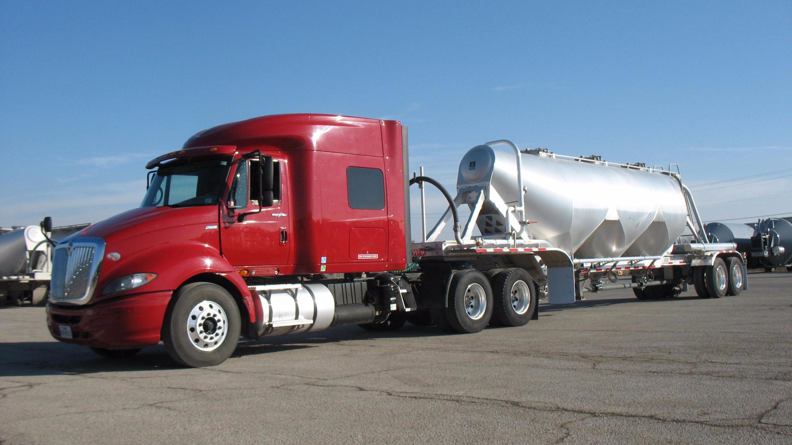 frac sand truck
