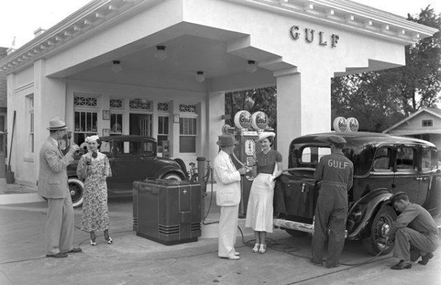 OILMAN ARCHIVE: Modern Day Gulf Station – 1930s
