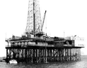 Offshore History: Early offshore pylon rig on Lake Barre early 1950s