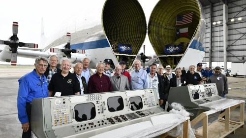 Apollo Legends Reunite, Restored Historic Mission Control Unveiled