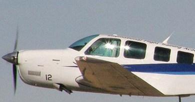 Avião monomotor cai perto da praia do Pindobal