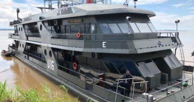 Parceria entre Prefeitura e Marinha leva atendimentos em saúde ao Tapará