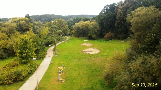 Vingis Park from a bridge above