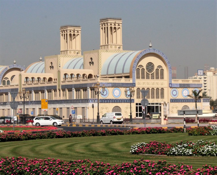 Blue Souq (or Central Souq) is flanked by a large manicured garden circle.