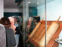Judeus sefarditas regressam às origens