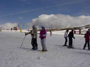 Estância de esqui já abriu na Torre