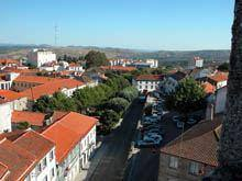 1.500 famílias vivem com menos de 100 euros         por mês na região