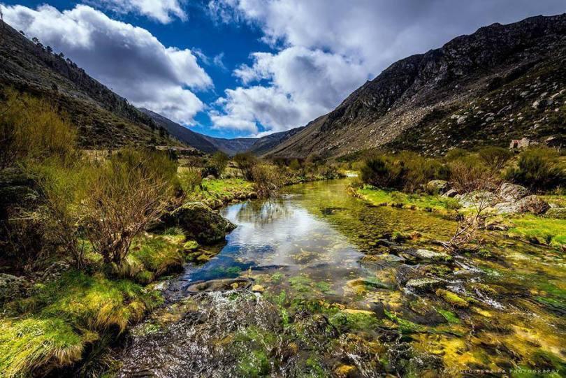 Serra Vale Glaciar Do Zezere Serra Da Estrela