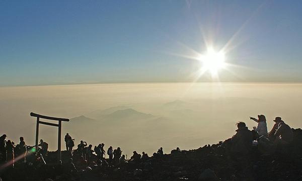 【富士登山】快適に御来光を見るなら混雑は避ける!週末と連休の混雑は半端なーい。