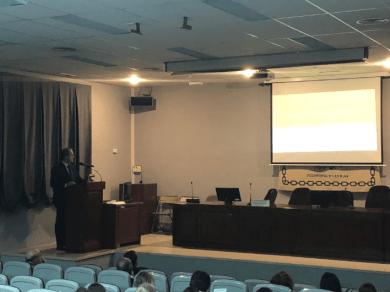 Dr. Ruíz Gómez. Otorrinolaringólogo del Hospital Universitario San Cecilio de Granada.