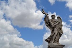 Escultura na Ponte S. Angelo   Crédito: Verônica Batista