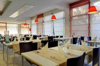 pical-hotel-restaurant-2-800x0