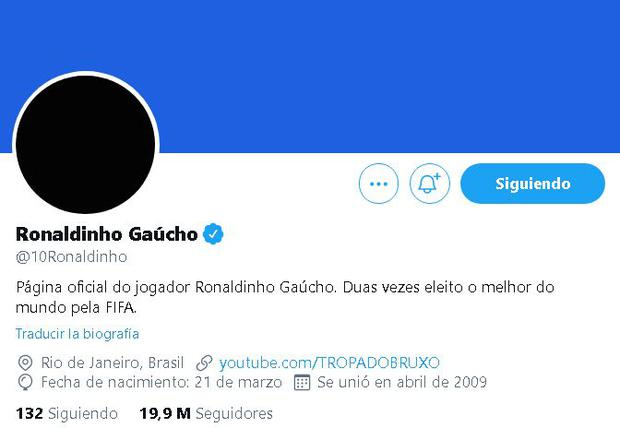 Ronaldinho de luto por su madre en redes sociales. (Captura: Twitter)