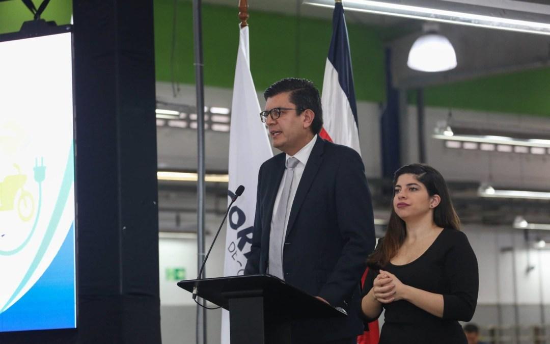 """Rolando Castro, viceministro de Energía Viceministro de Energía: """"Abrir el monopolio (de Recope) no está sobre la mesa """""""