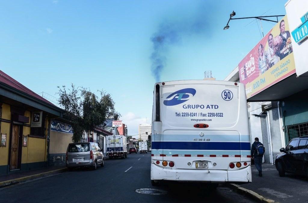 El tortuoso camino para poblar Costa Rica de buses eléctricos