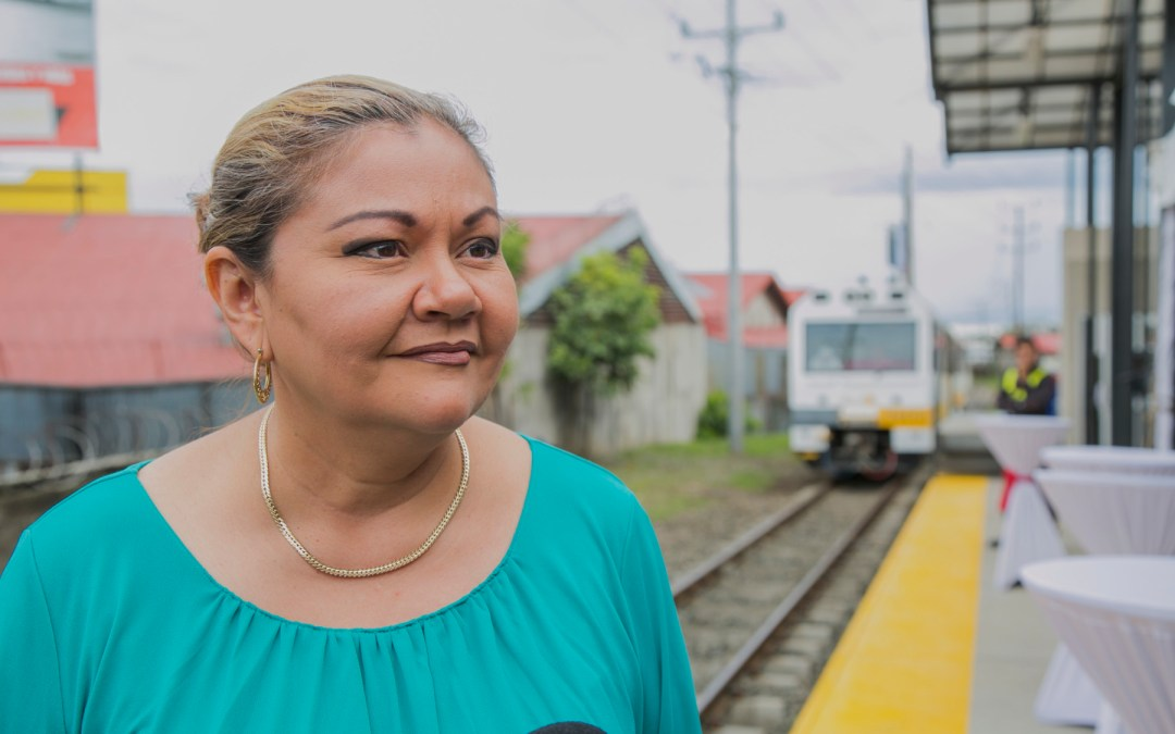 """Elizabeth Briceño, presidenta del Incofer: """"El tren va y no vamos a atrasarnos por la sectorización"""""""