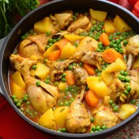 Pollo guisado al azafrán receta de la abuela