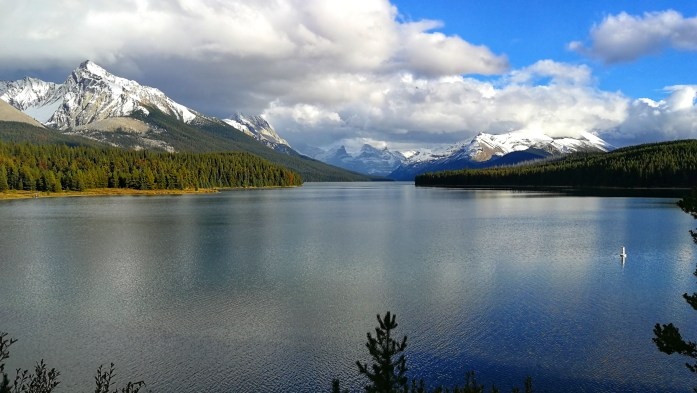 Maligne Lake in den Rocky Mountains