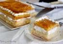 Milhojas de crema, merengue y yema tostada