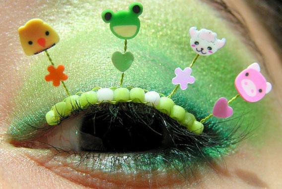 Design eyelashes, holiday makeup
