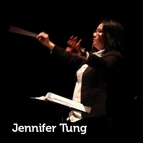 photo of Jennifer Tung conducting