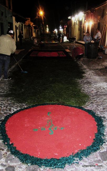 Alfombra Making (4) - Antigua Guatemala
