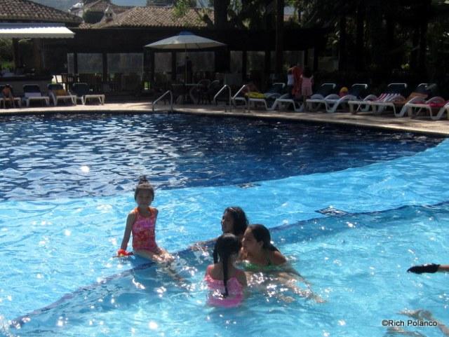 Porta Hotel Antigua Pool